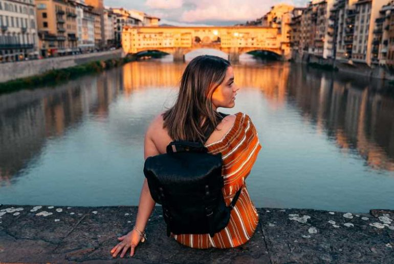I Quit My Job, Moved To Italy, And Haven't Looked Back She Rose Revolution