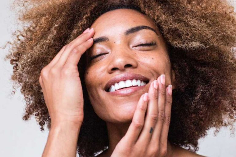 The Best Natural Remedies For Glowing Skin - She Rose Revolution